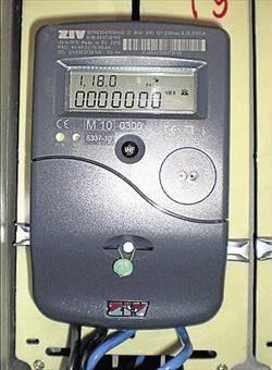 Hablemos de electricidad y los nuevos contadores digitales for Manipular contador luz digital
