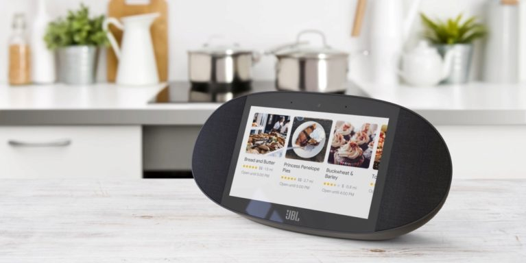 JBL Google Assistant Smart Screen
